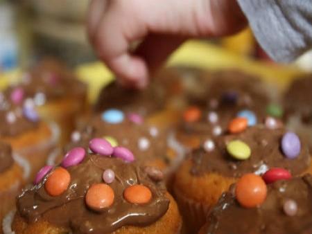 Aszalt meggyes muffin