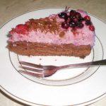 Mascarpones-erdei gyümölcsös torta
