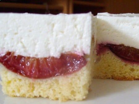 Szilvás-habos sütemény