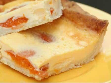 Sárgabarackos tejszínes pite